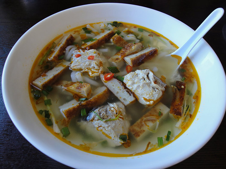 Bánh canh chả cá Nha Trang Khánh Hòa
