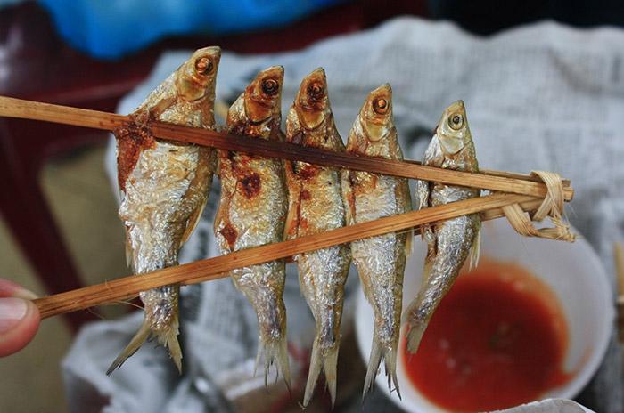 Lẩu cá và cá nướng Pắc Ngòi Hồ Ba Bể