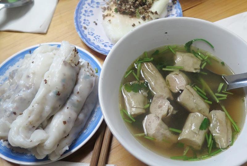 Bánh cuốn phố cổ Đồng Văn Hà Giang