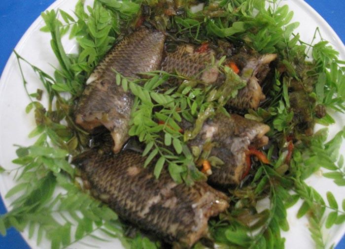 Cá rô mề kho rau răm An Giang