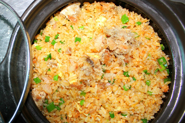Cơm gà cá mặn Đồng Nai