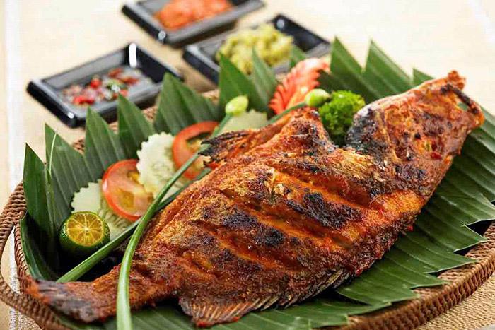 Ikan bakar | gogo.tripee.vn