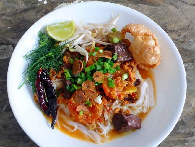 Khanom Jeen Nam Ngiao Chiang Mai