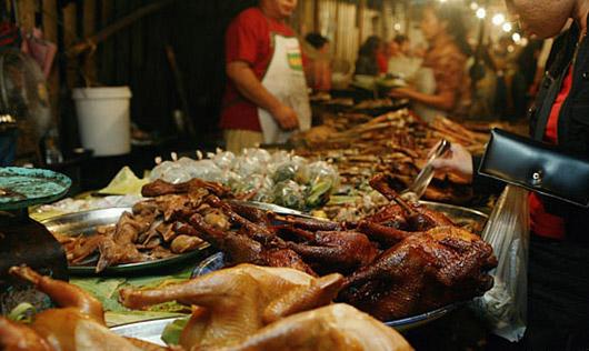 Thịt nướng, cá nướng, trứng nướng Luang Prabang