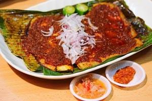 Cá đuối nướng sambal Singapore
