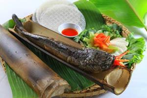 Cá lóc nướng ống tre làng cổ Phú Vinh Khánh Hòa