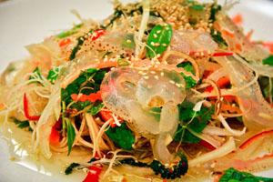 Gỏi sứa Đầm Ô Loan Phú Yên