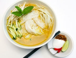 Nom banh chok Campuchia
