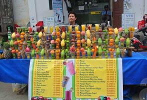 Sinh tố hoa quả Luang Prabang