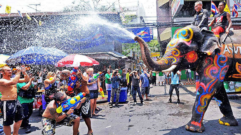 Lễ hội té nước Songkran, Singapore