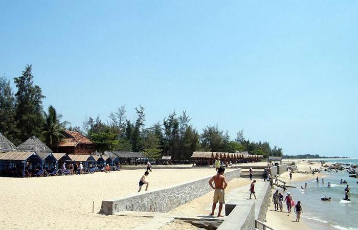 Bãi biển Hồ Cốc