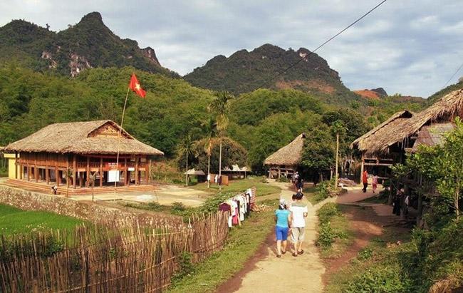 Bản du lịch Giang Mỗ (xã Bình Thanh)