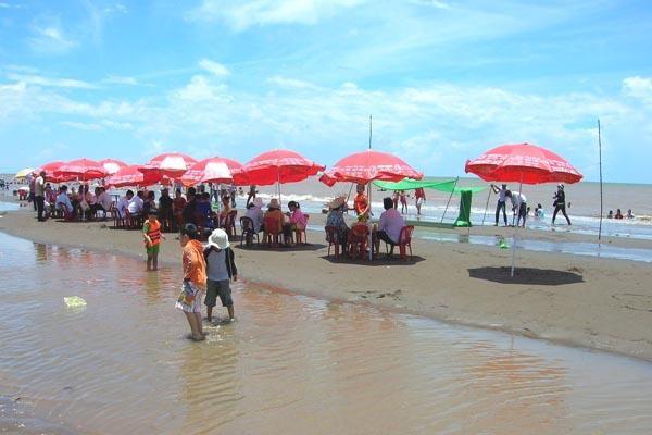 Biển Thạnh Phú Bến Tre