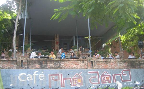 Cafe Phố Đông & Cafe Lion Vũng Tàu