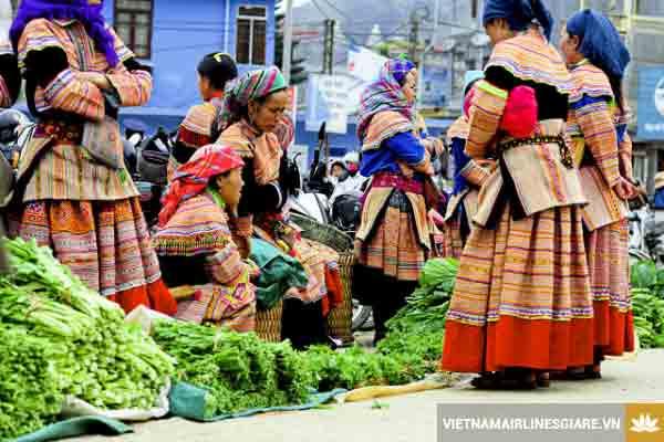 Chợ Nậm Cắn