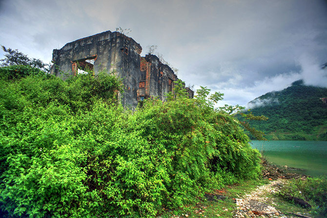 Di tích vua Thái - Đèo Văn Long