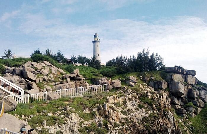 Hải Đăng Đại Lãnh - Bãi Môn