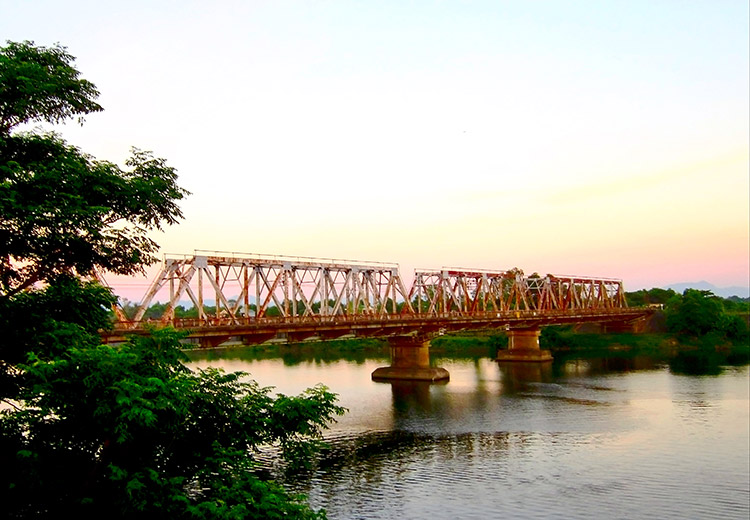 Sông Thạch Hãn