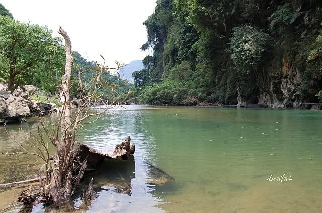 Thác Nặm Rứt (Thác mưa rơi) Thái Nguyên