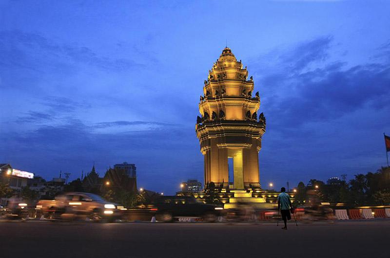 Tượng đài độc lập Phnom Pênh Campuchia
