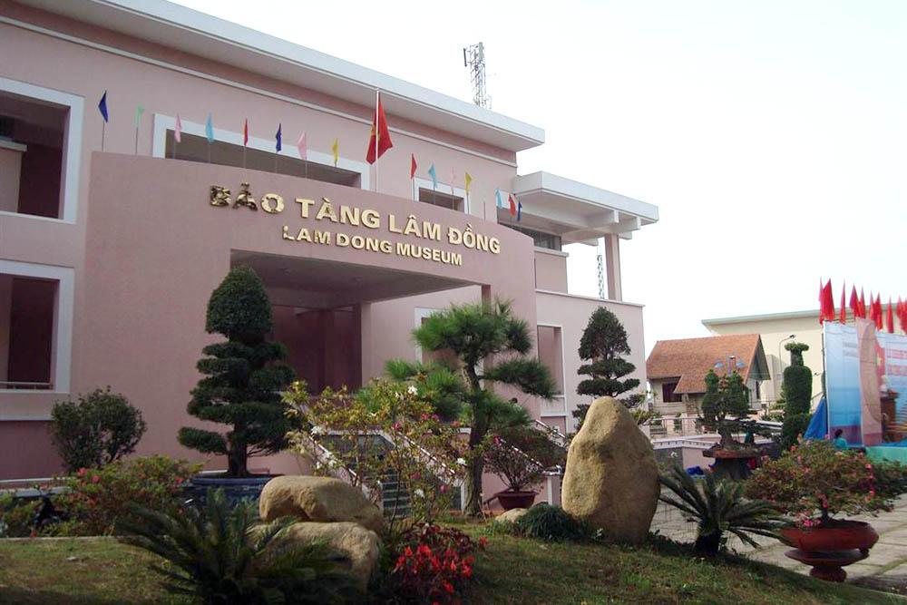 Viện Bảo tàng Lâm Đồng