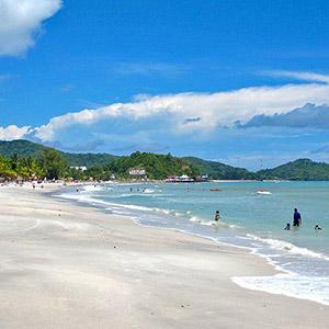 Bãi biển Cenang