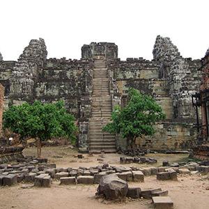 Đền Phnom Bakheng Siem Reap
