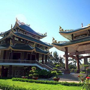 Khu lăng mộ Nguyễn Đình Chiểu Bến Tre