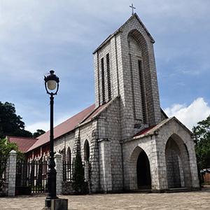 Nhà thờ đá Sa Pa