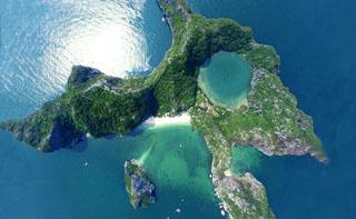 Đảo Mắt Rồng Hạ Long Quảng Ninh