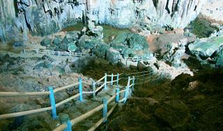 Hang Phượng Hoàng, Suối Mỏ Gà Thái Nguyên