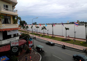 Khu phố Tây Phnom Penh Campuchia