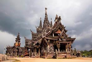 Lâu đài gỗ Sanctuary of Truth