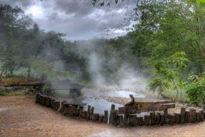 Suối nước nóng Kanchanaburi