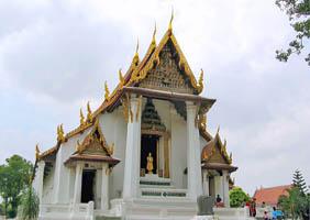 Wat Na Phra Men